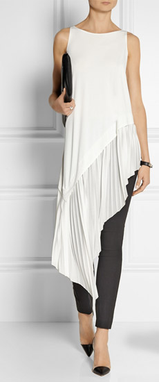 Asymmetrical tunic with legging