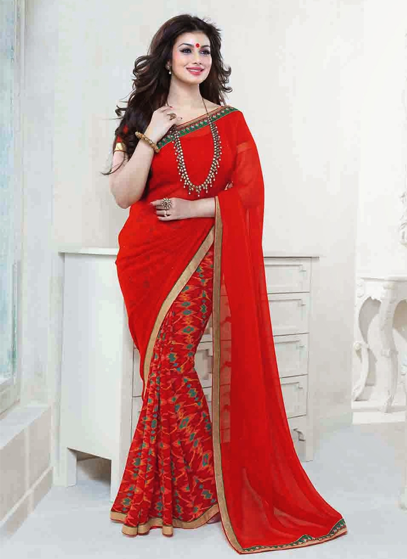 saree-borders-to-look-slim.jpg