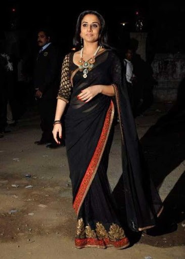 saree-color-to-look-slim.jpg