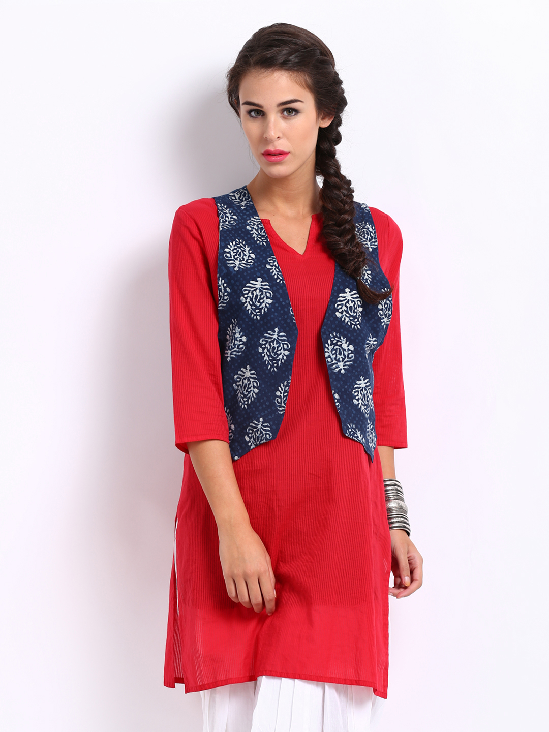Plain kurti with sadri