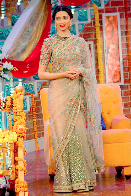 Deepika Padukone in a saree at 'Comedy Nights with Kapil'