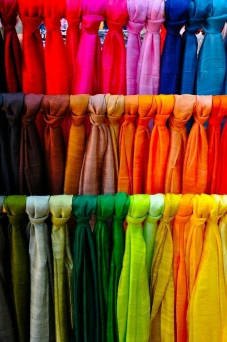 simple mono-coloured dupattas