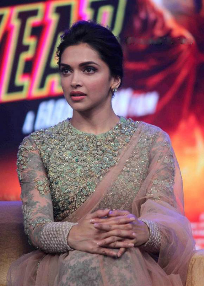 Zardozi Embroidery Inspired Blouse worn by Deepika Padukone