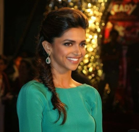 Hairstyles Inspired By Deepika Padukone_Side Fish Tail Braid