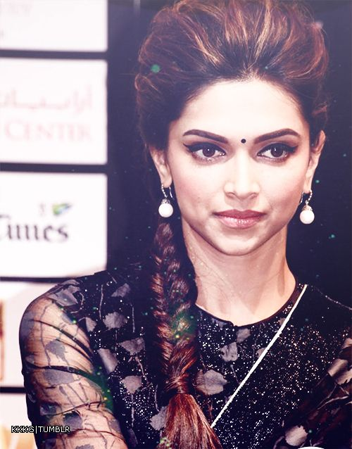 15 Amazing Deepika Padukone Hairstyles - Page 2 of 2 ...
