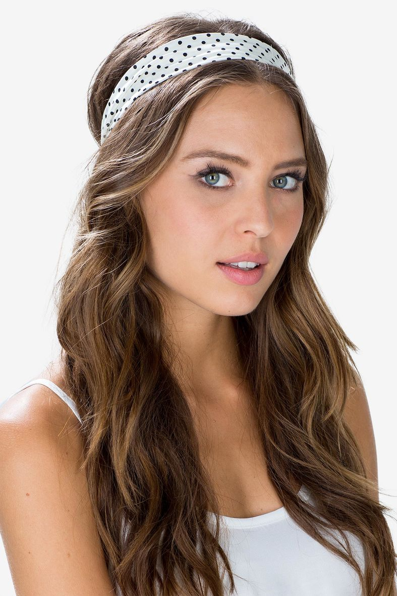7 Must have Hair Accessories for Long Hair - FashionPro c43d6e2567a