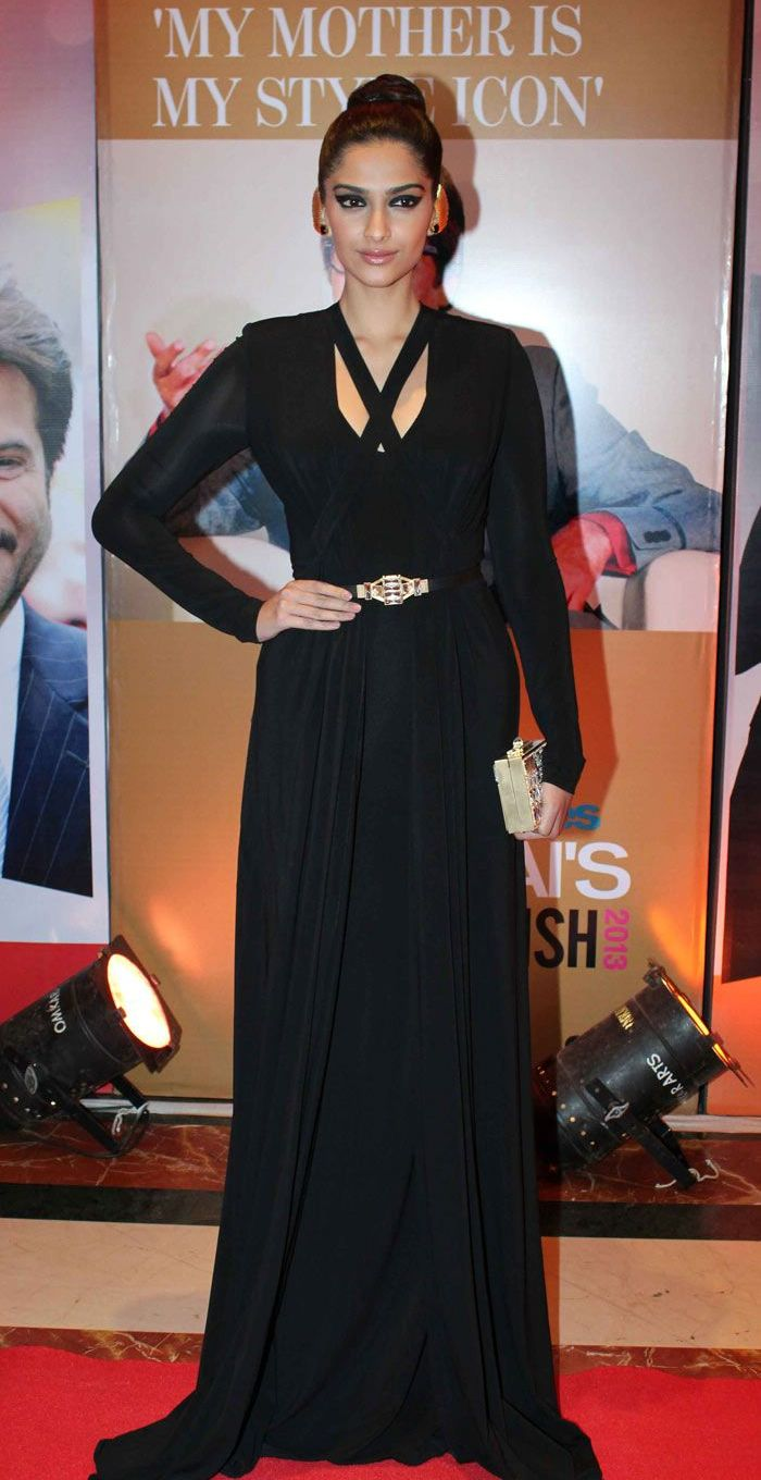 Sonam Kapoor at the Hindustan Times Style Awards 2013