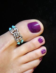Intricate toe ring