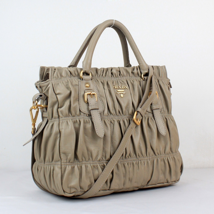 Top 10 Luxury Handbags Brands You Need To Know About - FashionPro 97c8418b54c51