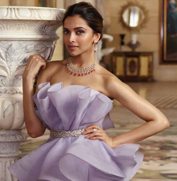 Deepika redefines beauty in new tanishq 39 queen of hearts for Deepika padukone new photoshoot for tanishq jewelry divyam collection