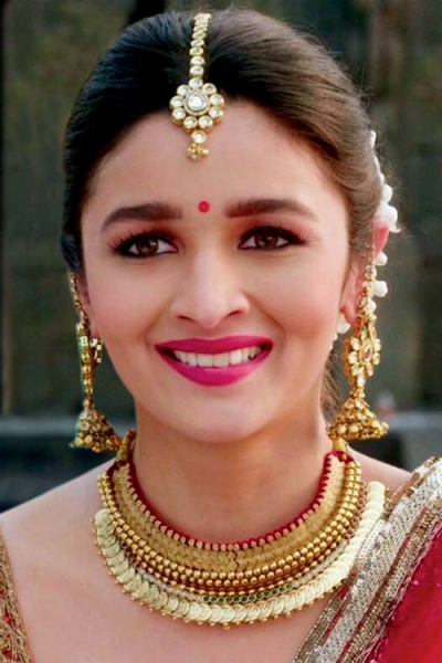 Bridal hair accessories must have hair accessories for indian brides - Bridal Hair Accessories Must Have Hair Accessories For