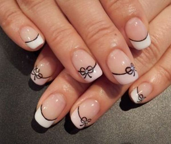Pretty bow nail art
