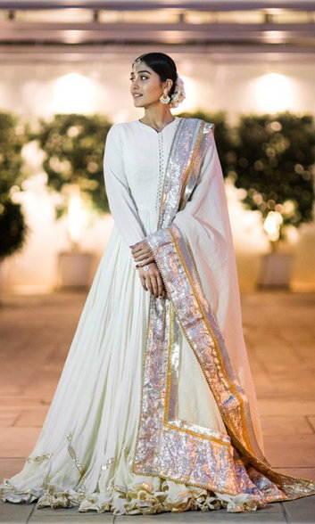 Check out her Anarkali dress!