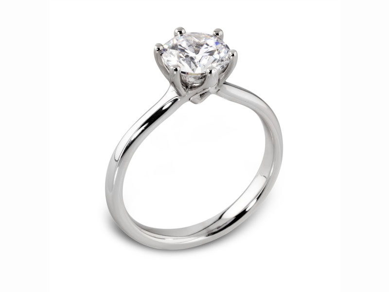 Single stone diamond ring