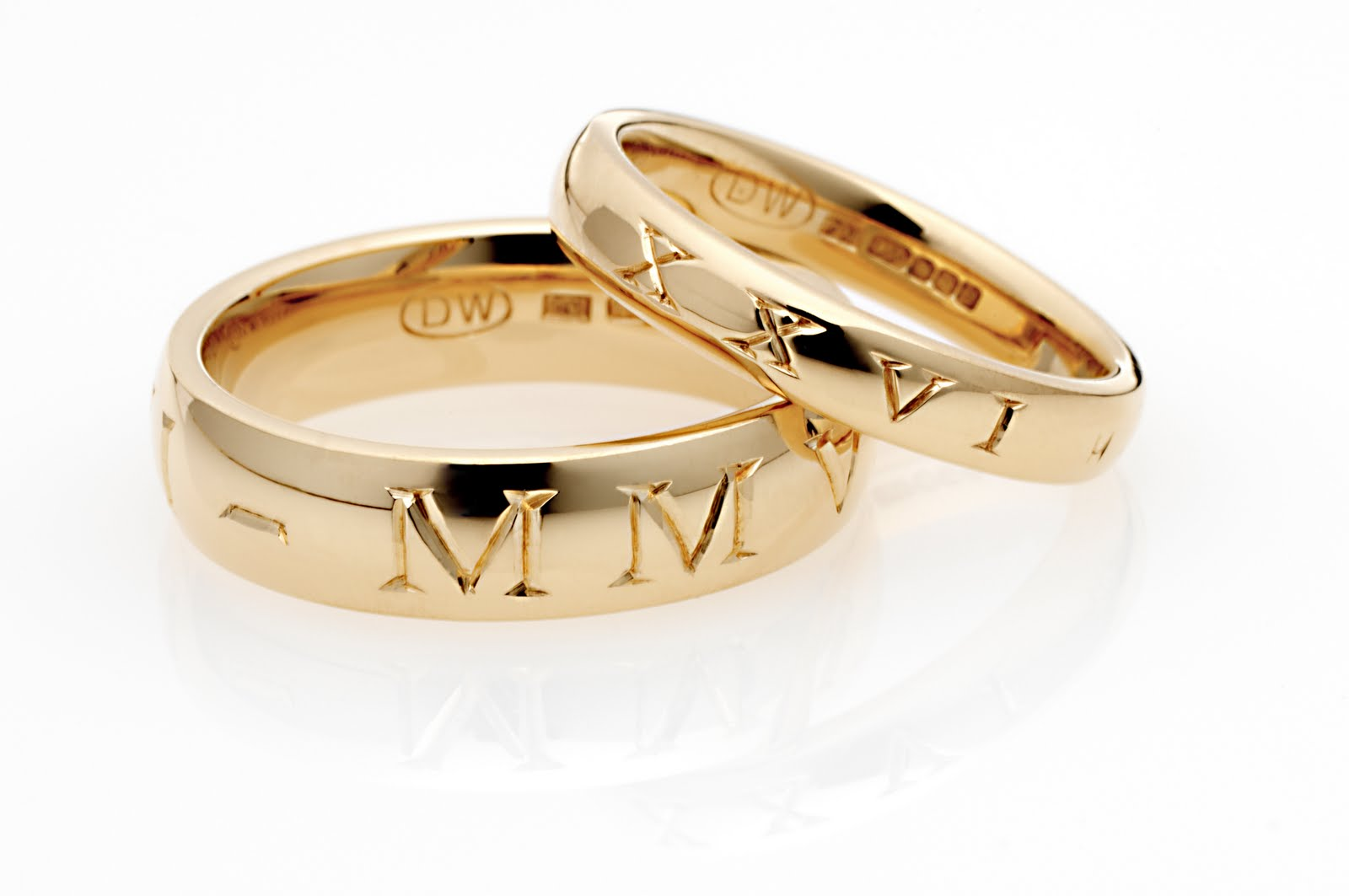 Engraved couples wedding rings