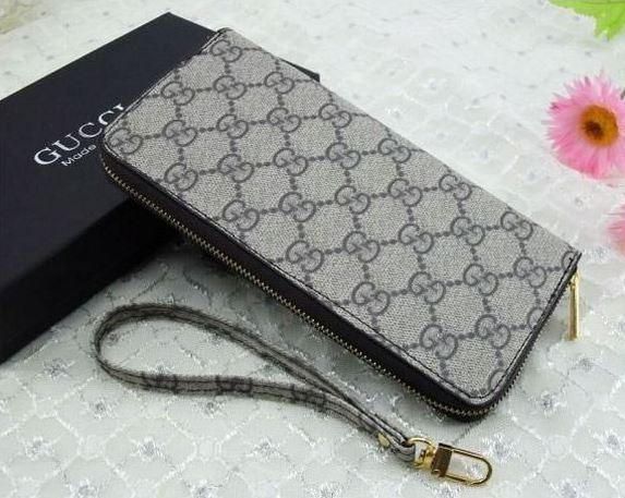 Style Check  Top 10 Designer Wallet Brands - FashionPro 9a18da21f8ba8