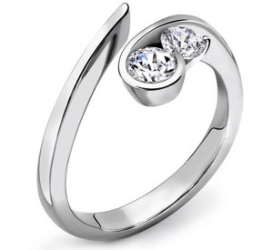 Another platinum wedding ring design
