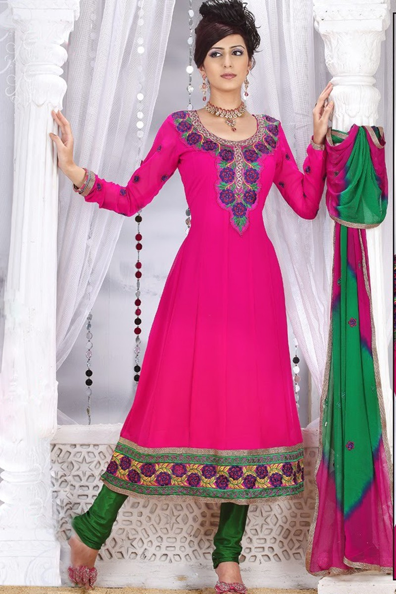 The model in salwar kameez with scoop neckline.