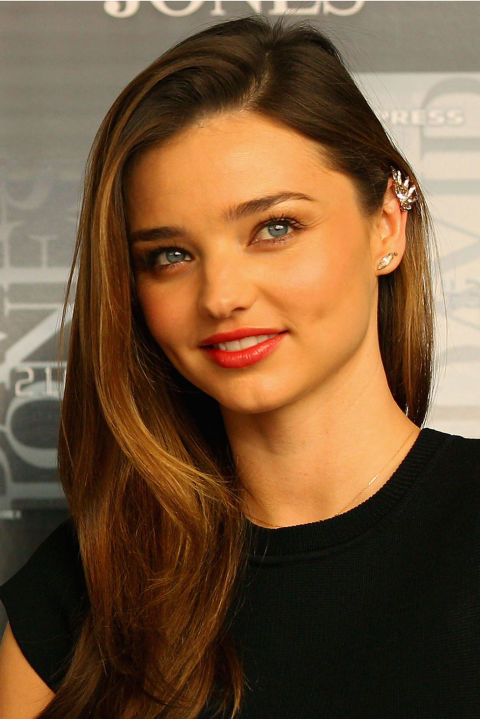 Miranda Kerr wearing ear cuff.