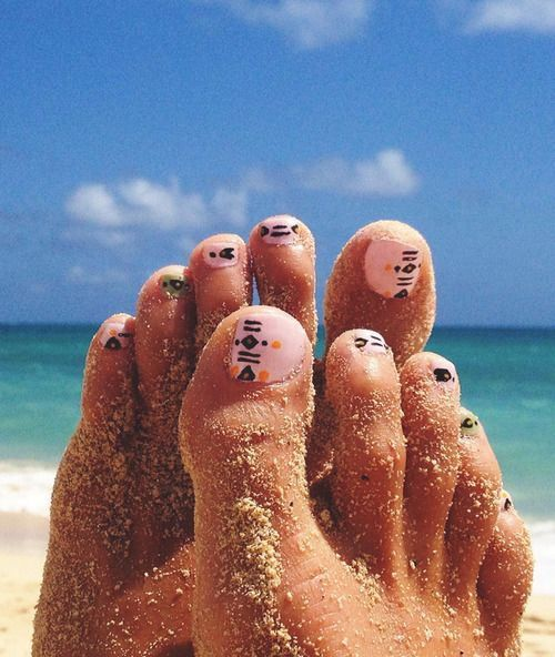 Perfect For Beach Toe Nail Art