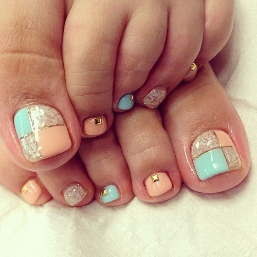 Shells and Gems Toe Nail Art