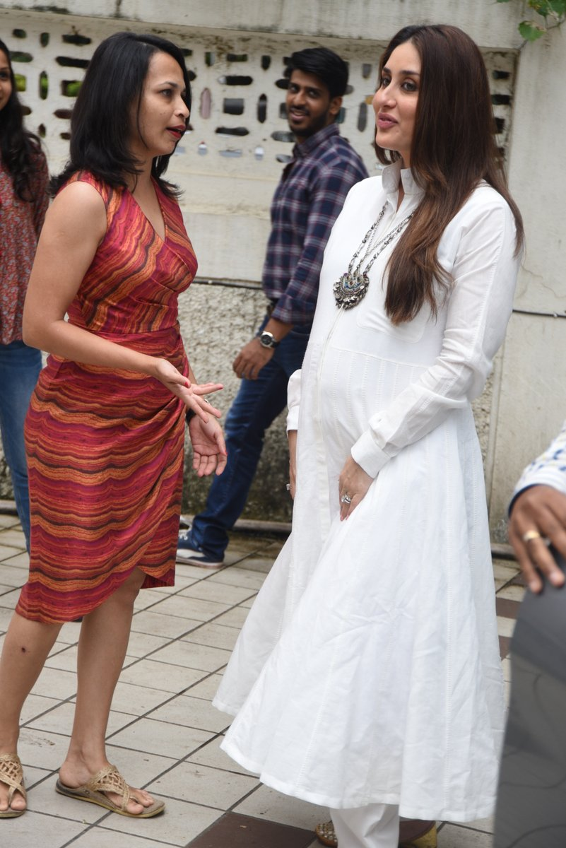 Kareena glows like never before in white dress.