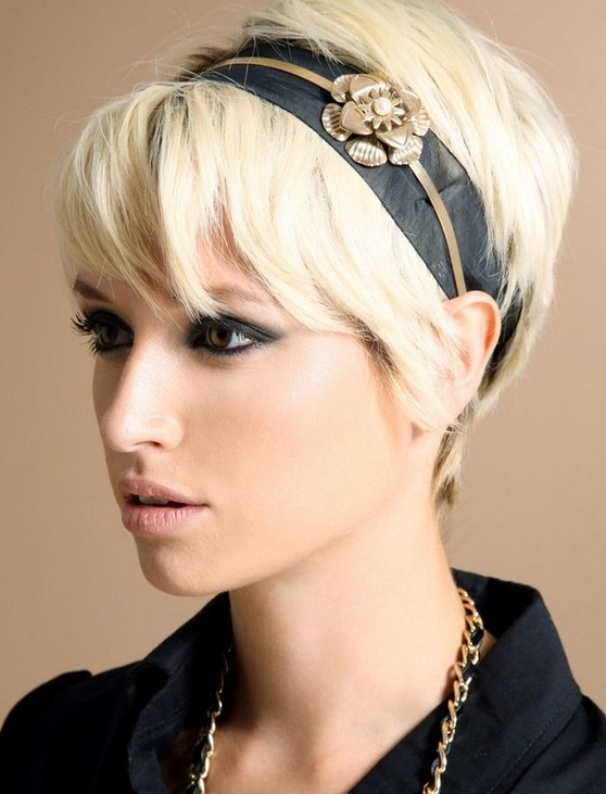 The model in Short pixie crop hairstyle.