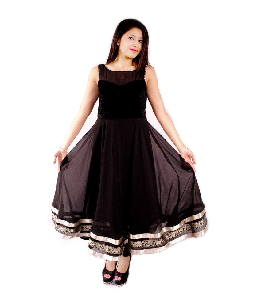 The model in Grand Black Georgette Boat Neck with Heart Style Churidar.