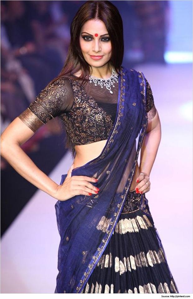 High-neck-saree-blouse-designs-Bipasu-Basu