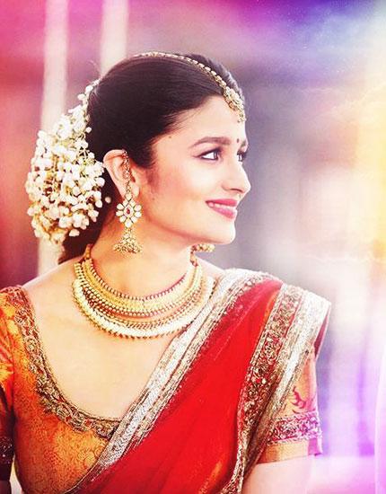 on-screen-bollywood-brides-alia-bhatt-430x550