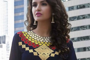 Intricate neckline