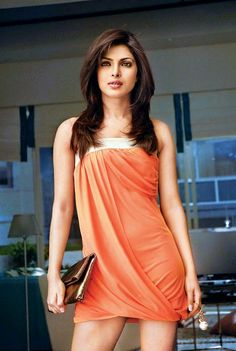 Priyanka with a bling clutch to suit the occasion.