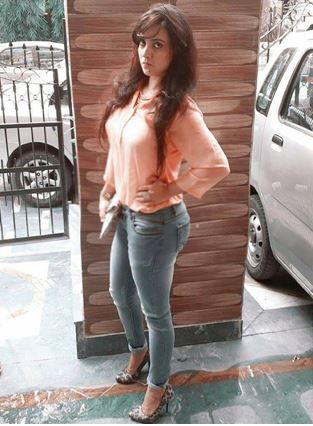 In my outfit I have carefully kept the occasion and my skin tone in mind. It is a light peach colour perfect for a day lunch or a casual day date I have carefully combined it with the complimentary blue denims to make the entire outfit look balanced.