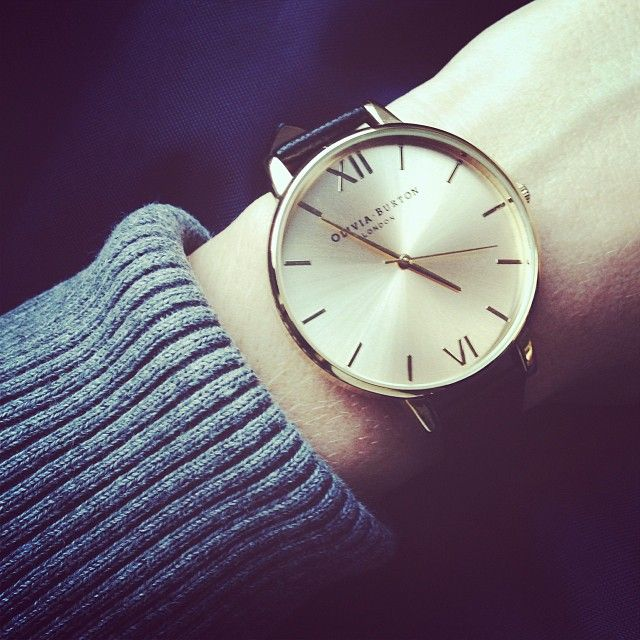 Trendy watches with big dials are cool