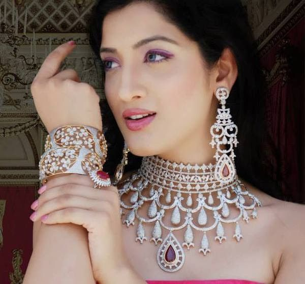 Diamond jewelry compliments cool skin tone