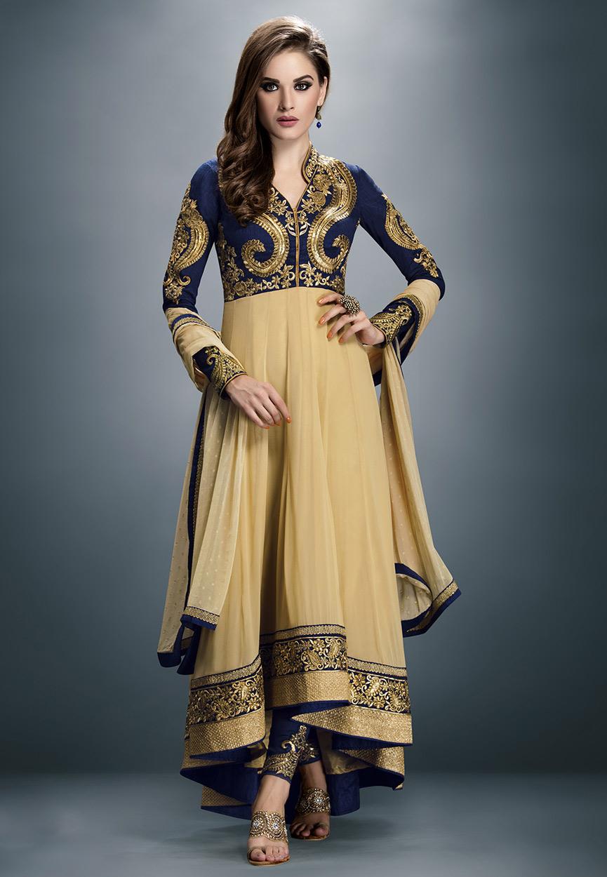 The model in Asymmetric designer salwar kameez.