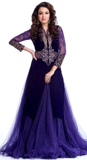 The model in indo-western designer salwar kameez.