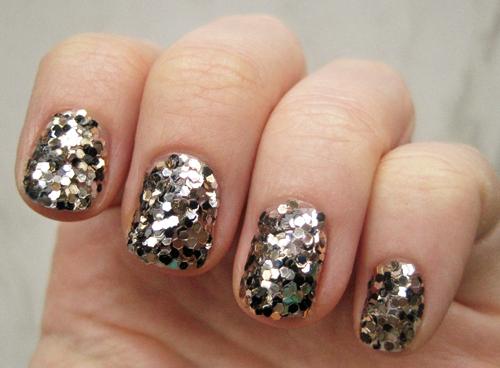 Sequins Nails