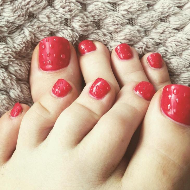 Red Shellac Toe Nail Design