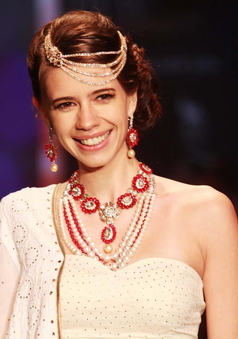 Kalki Koechlin wearing head chain.