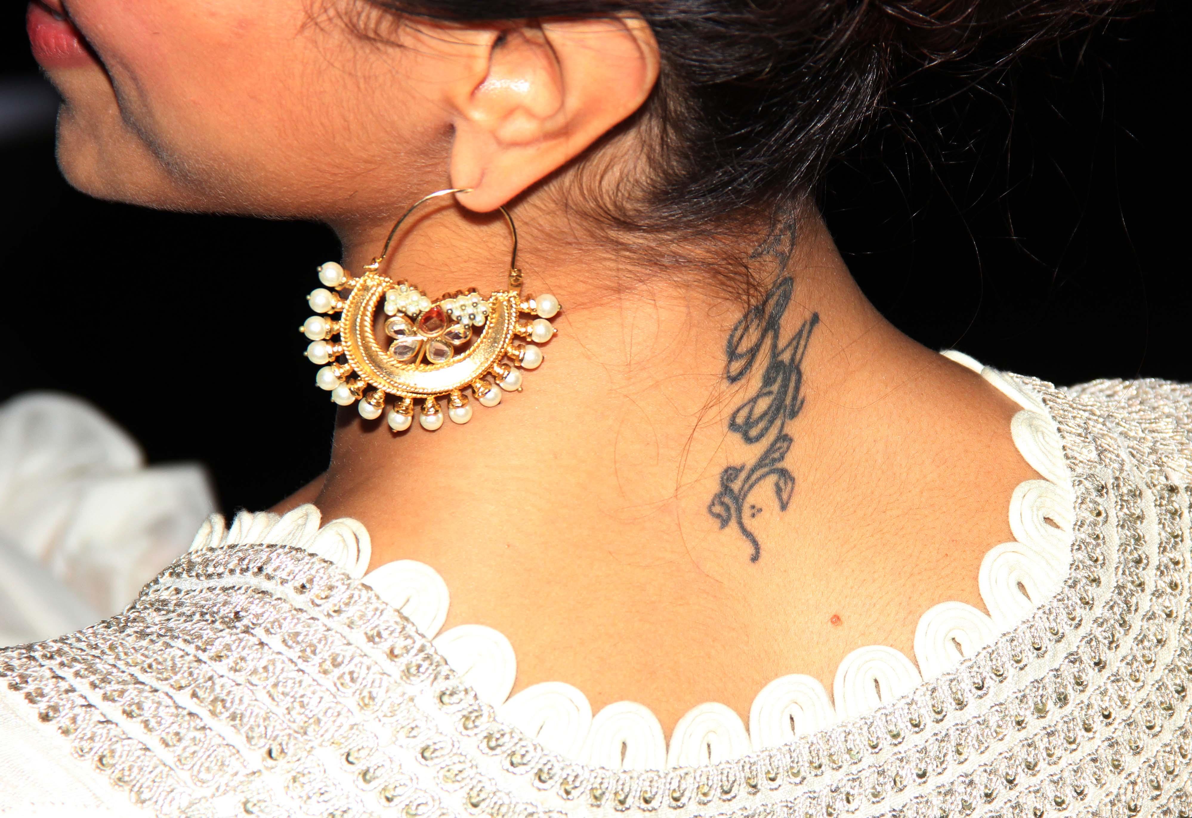 Deepika Padukone with a tattoo of RK.