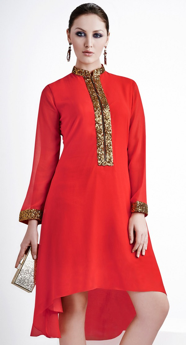 The model in churidar with Closed Neckline.